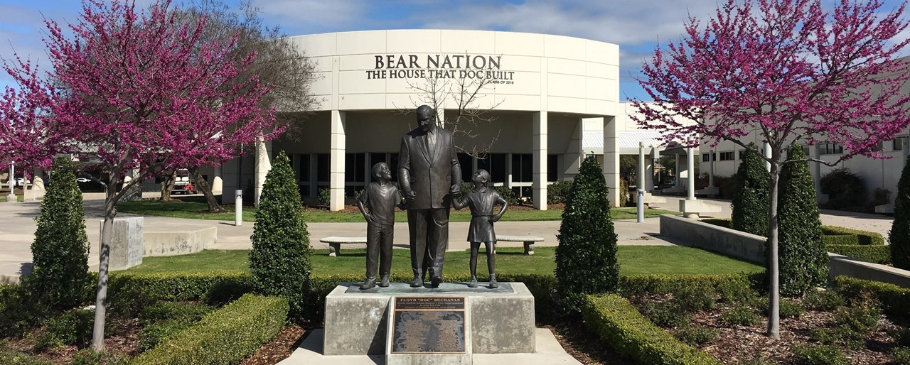 Floyd Buchanan Statue